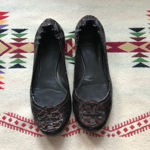 Tory Burch brown snake print leather flats sz 7